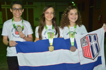 Medalhas-na-OPIM-2019-ESMG-14-1-364x243.jpg